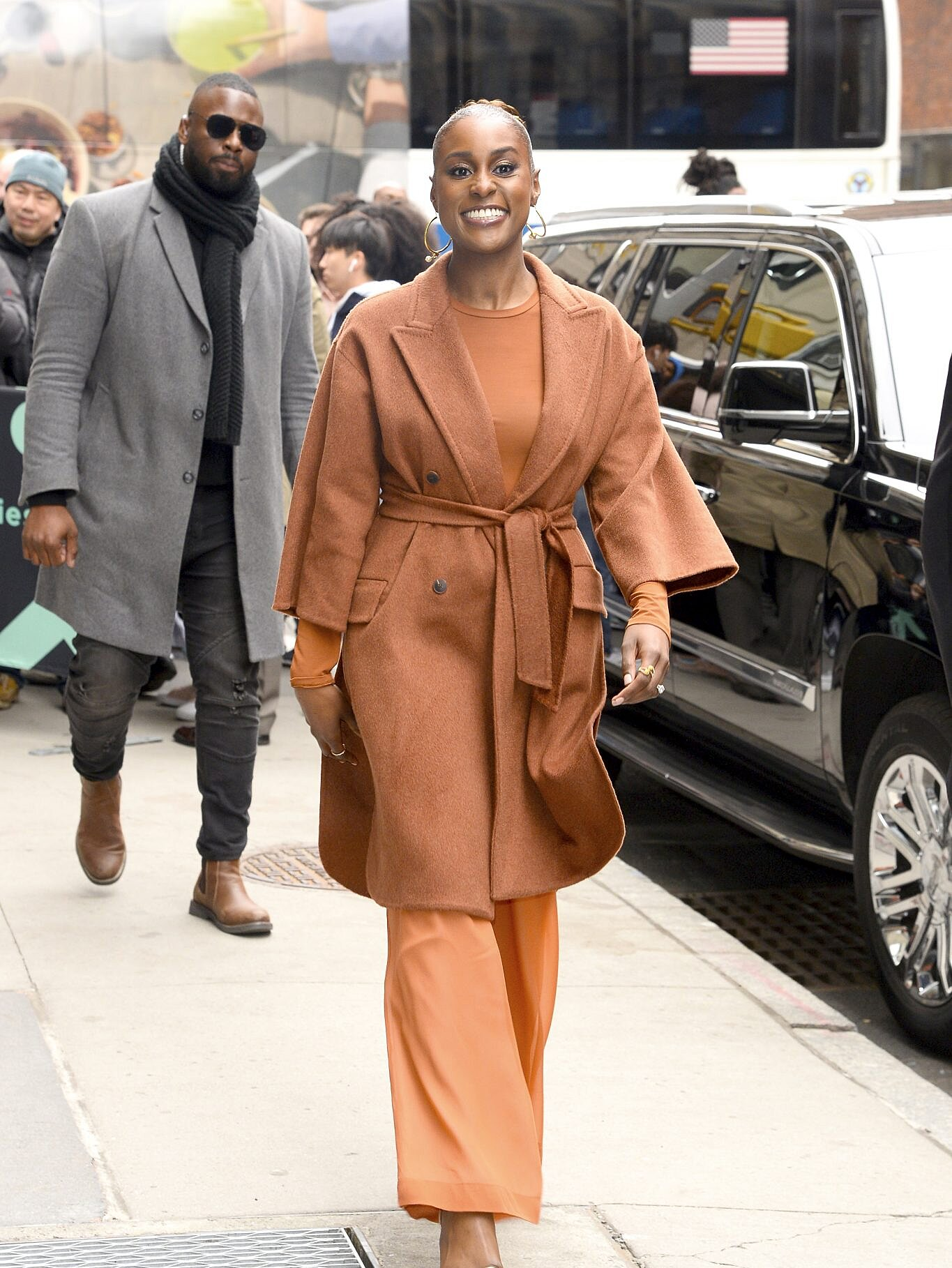 issa-rae-monochrome-outfit