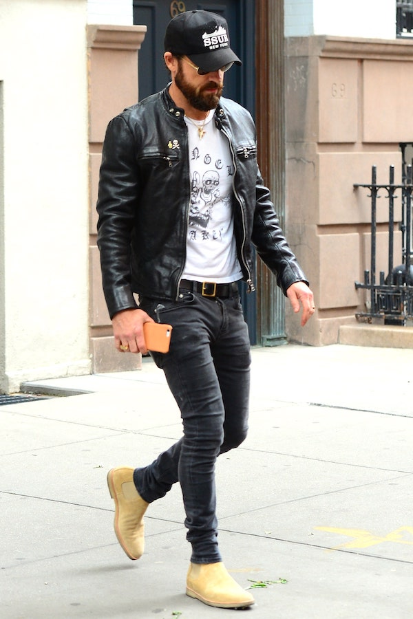 justin-theroux-chelsea-boots