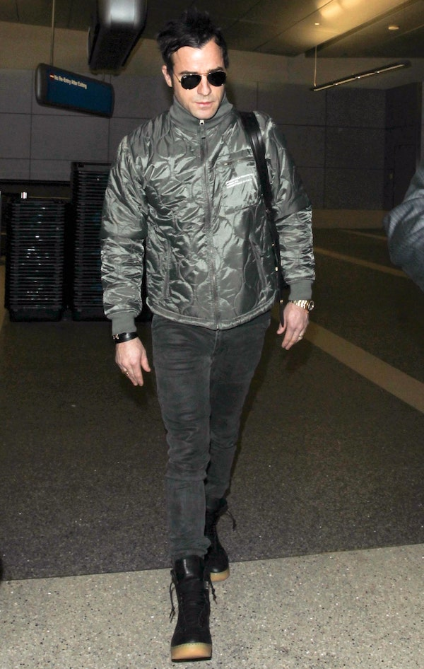 justin-theroux-green-jacket