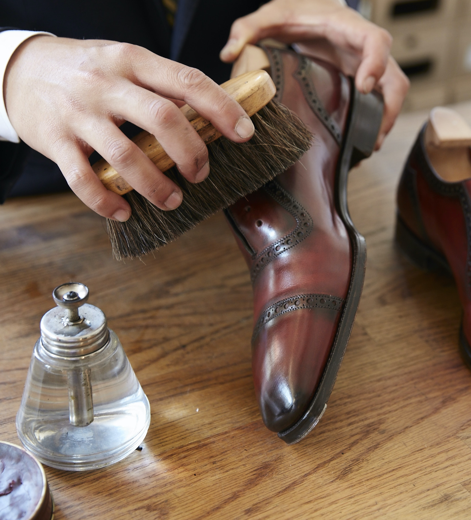 leather-shoes-care