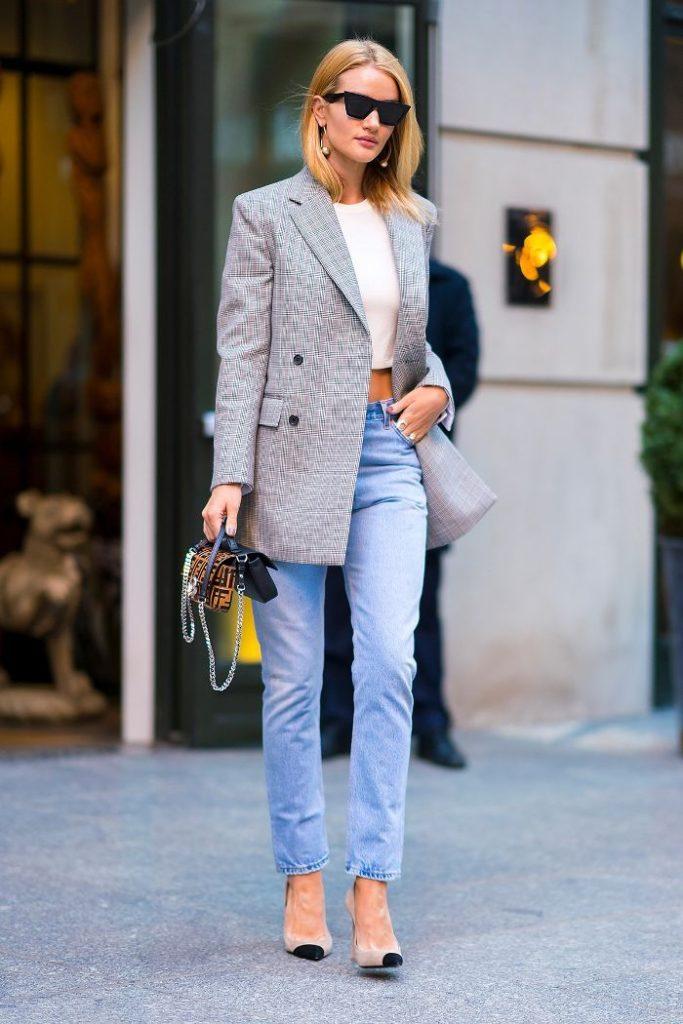 rosie-huntington-whiteley-blazer