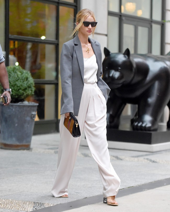 rosie-huntington-whiteley-white-pants