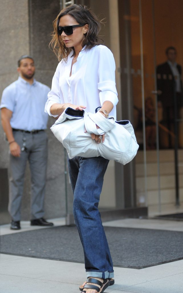 victoria-beckham-casual-style