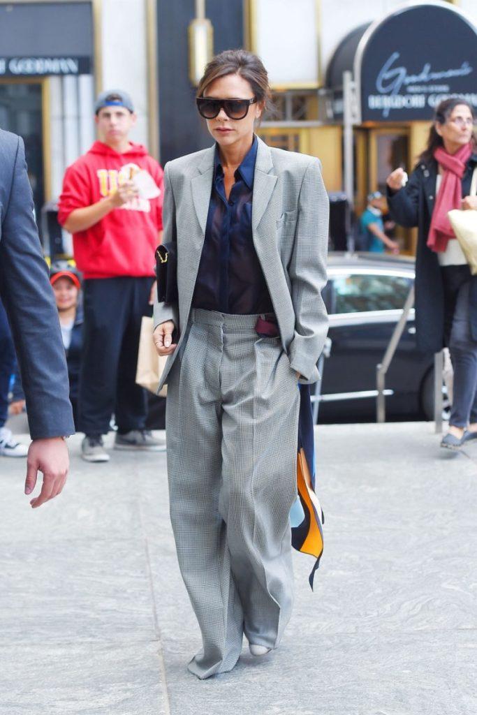 victoria-beckham-grey-suit