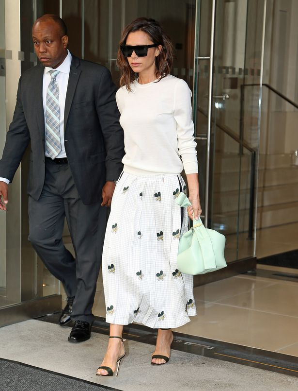 victoria-beckham-style-white-skirt